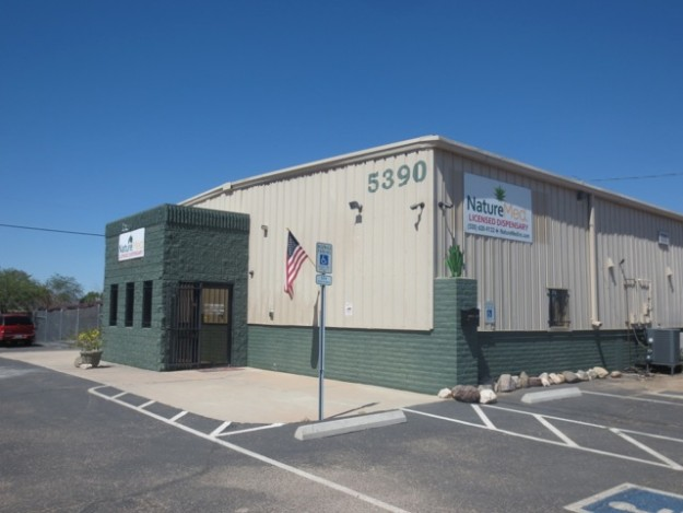 Nature Med Medical Marijuana Dispensary, Marana AZ (outside view)